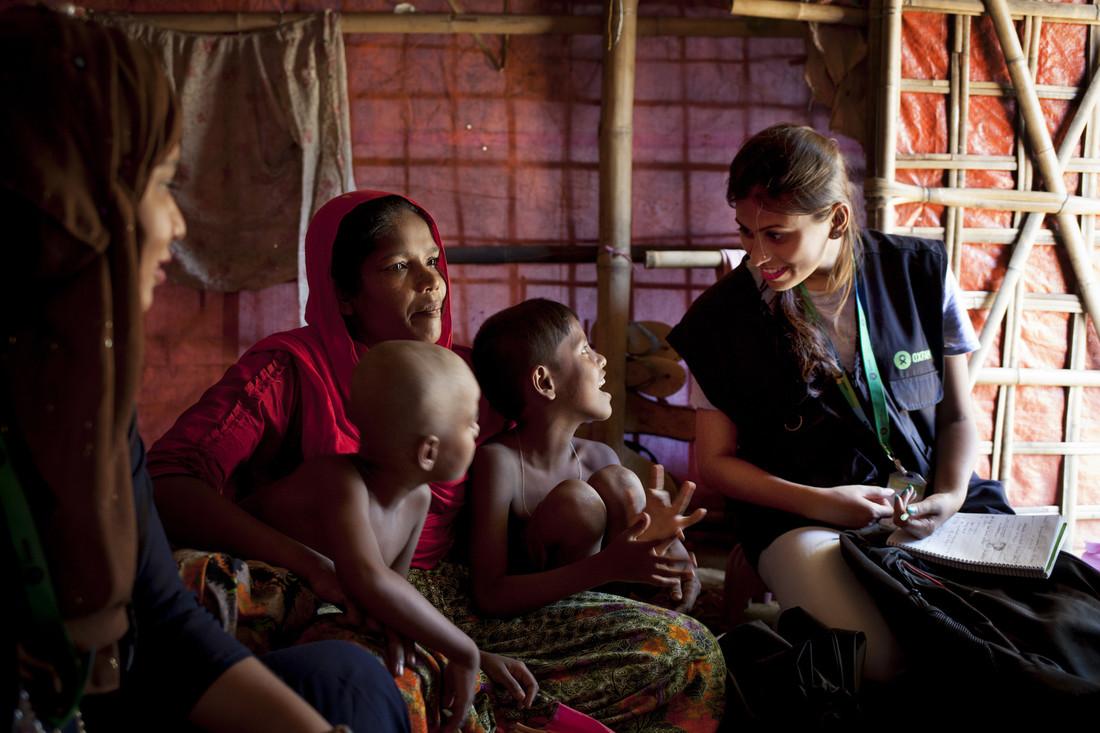Oxfam in Asia - Bangladesh - Rohingya crisis - Humanitarian worker 3