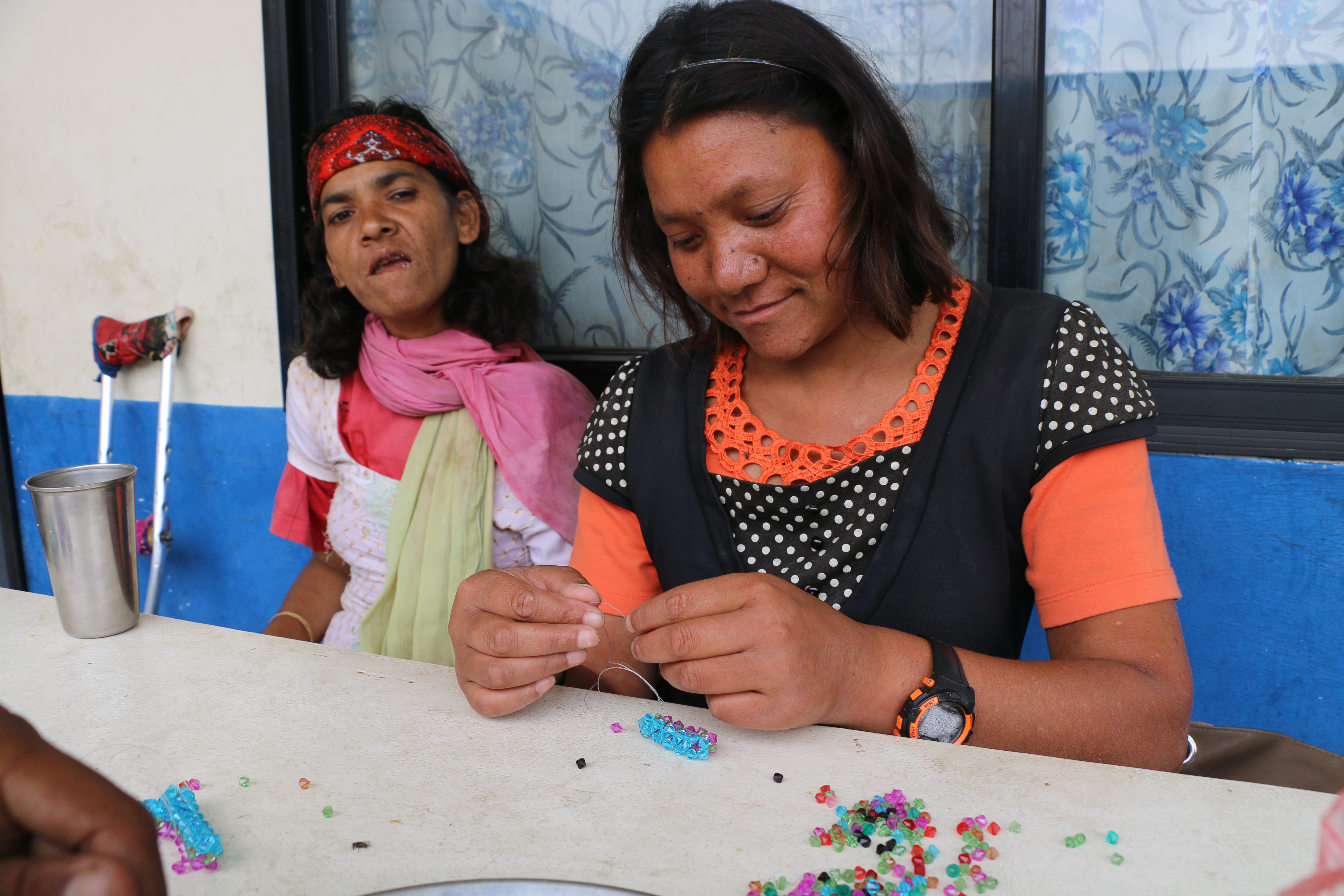 Making jewellery from beads