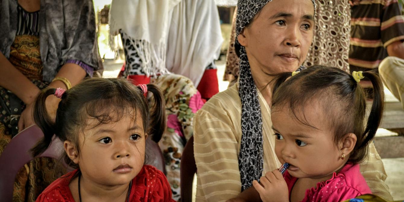 Sarah Langayen, widowed at the very young age of 20, had to think of her two daughters after her civilian husband Badrudin was shot dead by government forces last year.(Photo:Rhea Catada/Oxfam)