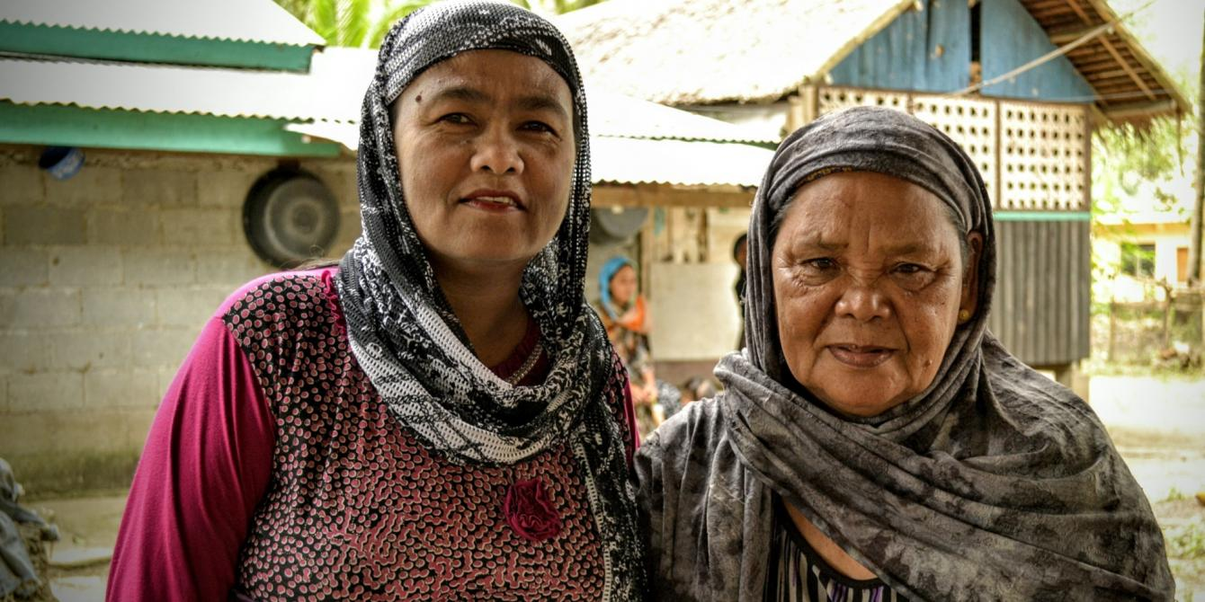 Women in Tukanalipao rely on friendships to survive. (Photo:Rhea Catada/Oxfam)