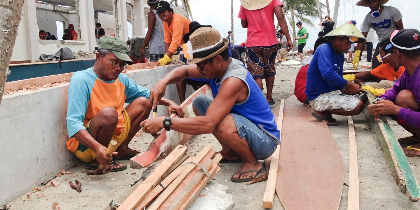 Photographs taken alongside CEO Mark Goldring's visit to Tacloban.(Photo: Caroline Gluck/Oxfam)