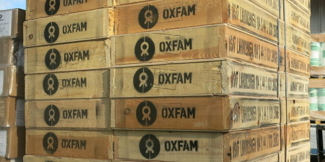 38 tonnes of Oxfam aid containing crucial water and sanitation equipment arrived at Cebu International airport for typhoon Haiyan survivors (Photo: Sophie Bowell/Oxfam)