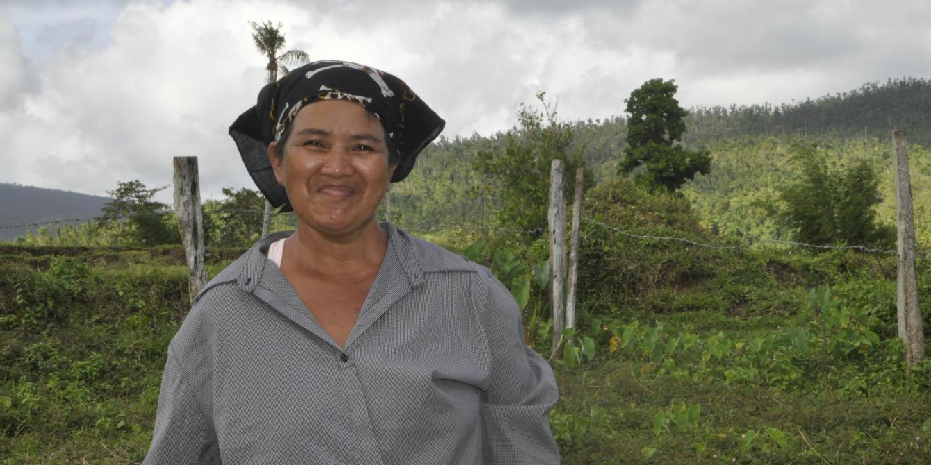 Eufemia Escaro, 55 years old, married, Barangay Cag-o-lango, Balangiga, Eastern Samar.  (Photo: Joan Odena/Oxfam)
